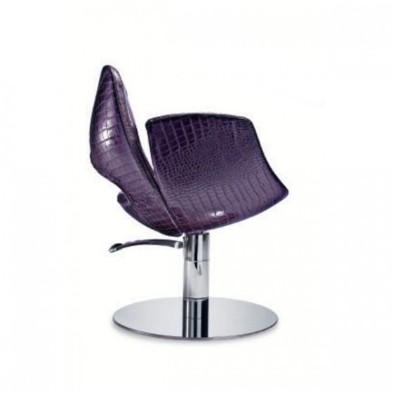 Gravity styling chair