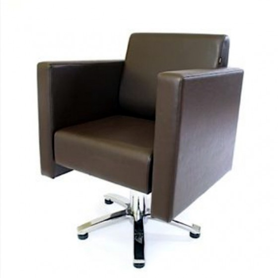 WBX Boxta styling chair