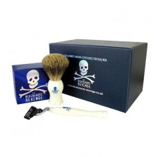 Shaving Cream, Brush and Mach3 Razor Gift Set (Pink or White)